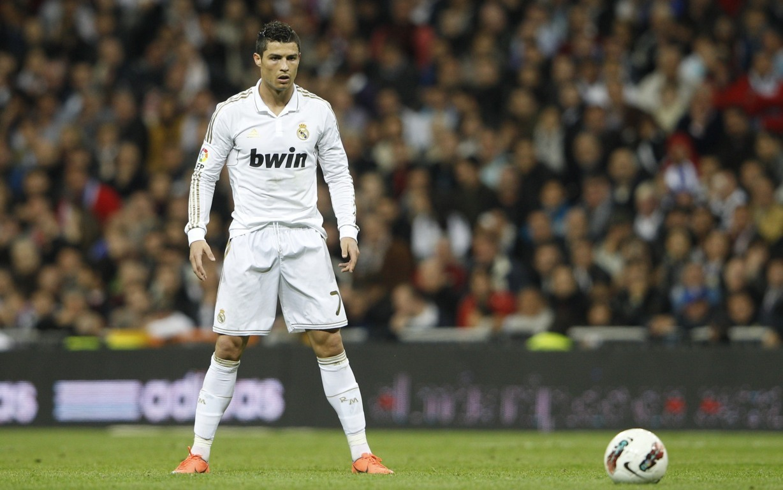 Cristiano Ronaldo Juventus Wallpaper 8K