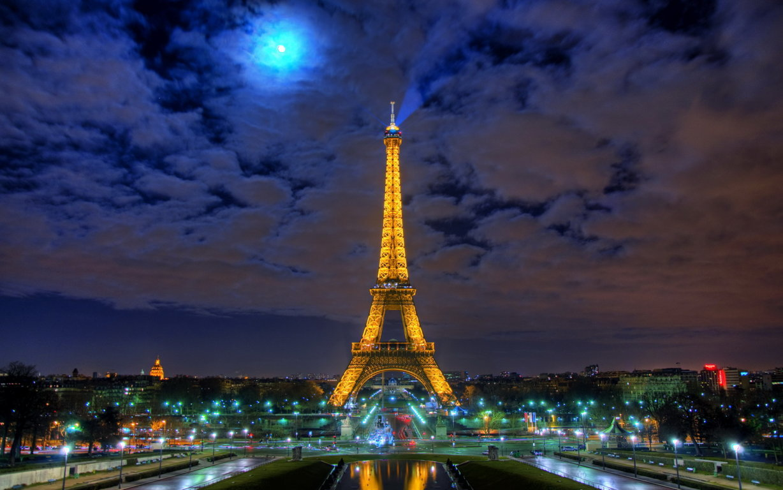 Eiffel Tower Autumn Season 5k Hd World 4k Wallpaper 4k