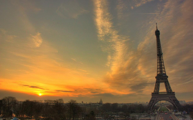 Eiffel Tower Autumn Season 5k Hd World 4k Wallpaper Image 4k