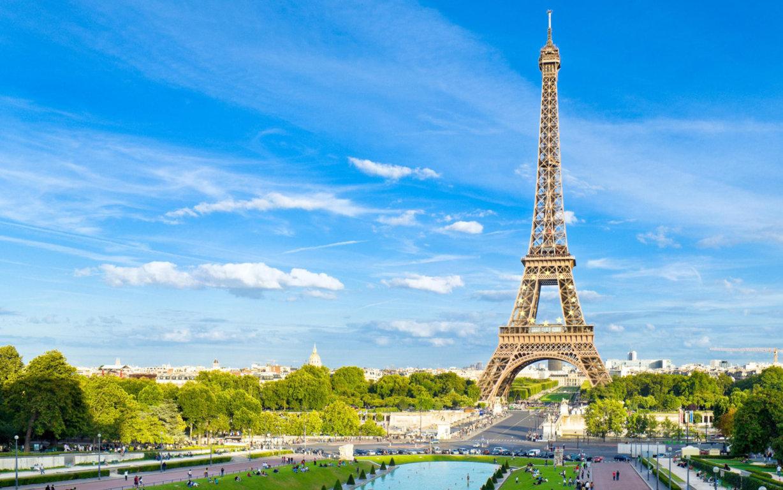 Eiffel Tower Autumn Season 5k World 4k Wallpaper Image 4k