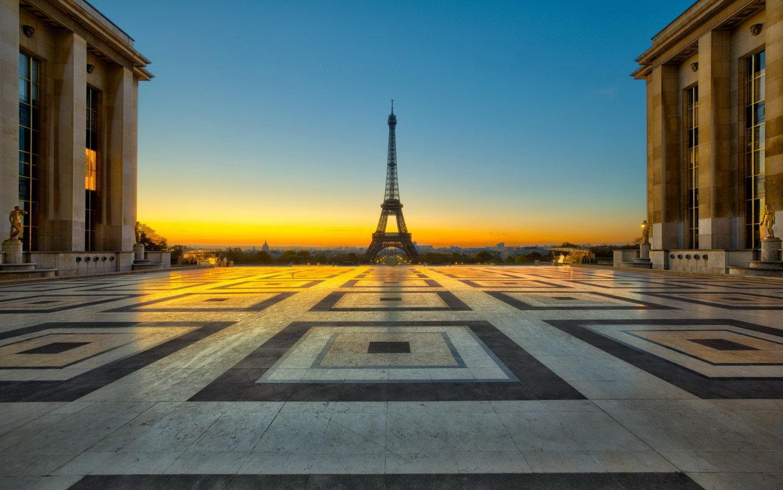Eiffel Tower Wallpaper HD 4K