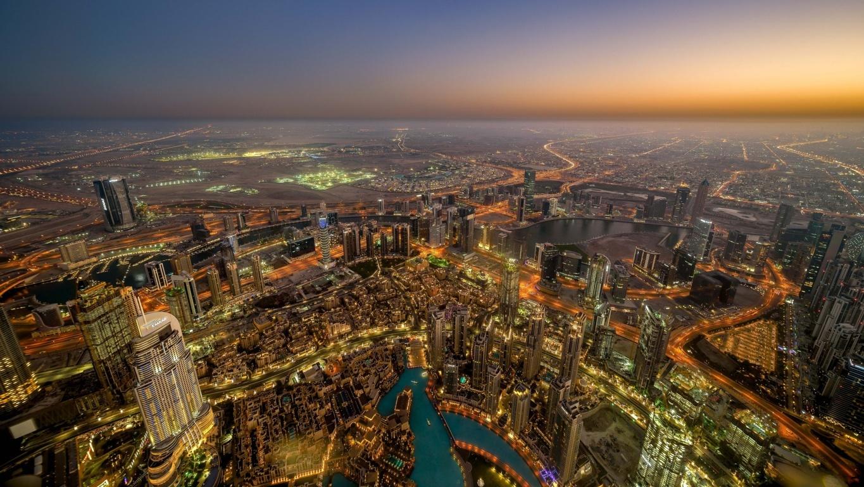 Man Made Dubai Cities Arab Emirates Dubai Marina Canal Boat Skyscraper Hd Wallpaper Image United