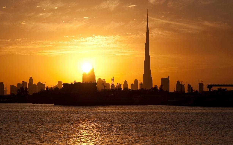 Man Made Dubai Cities Arab Emirates Skyscraper Building City Fog Aerial Hd Wallpaper Image United