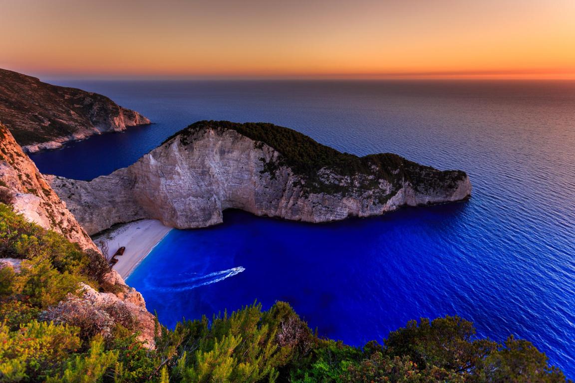 Man Made Santorini Towns Sea Island Cruise Ship Hd Background Image Greece