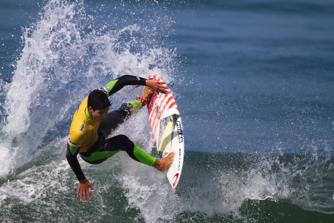 Surfing Best Wallpaper