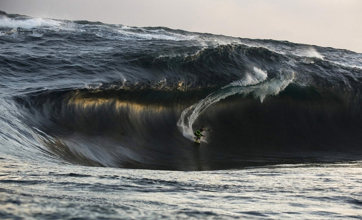 Surfing Wallpaper Water Sports Wallpaper Sports