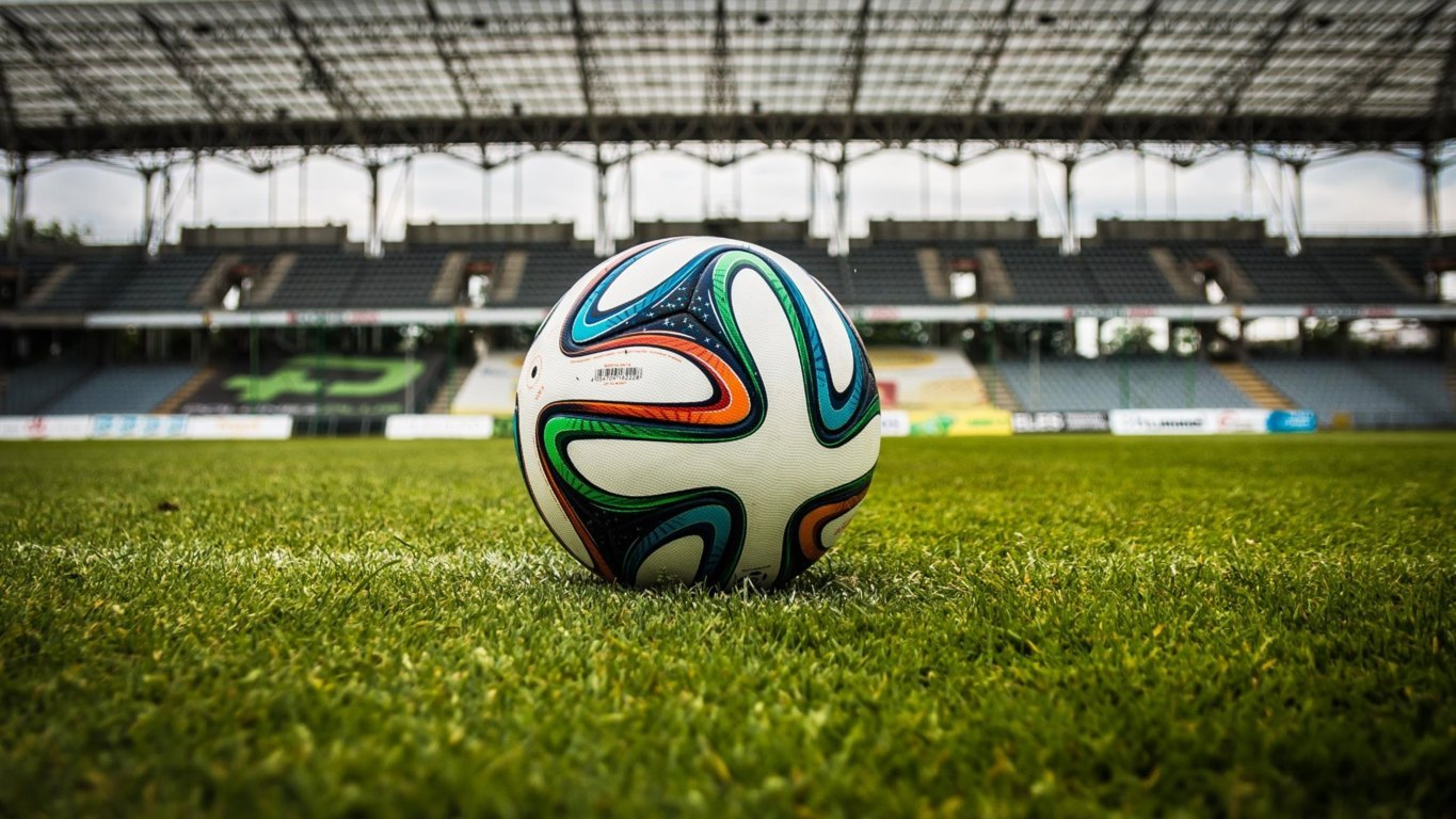 Top Football Wallpaper 4k Image And Picture Downloads Hd