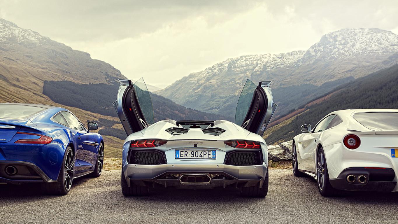 Download Full HD Lamborghini Wallpapers