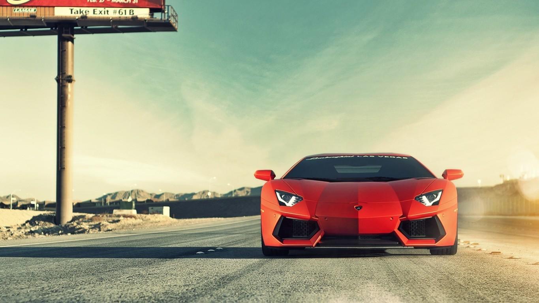 Ferrari Vs Lamborghini Wallpaper