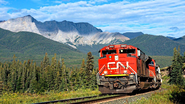 Super Train Wallpaper