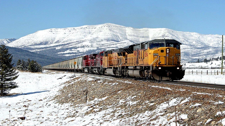 Train Wallpaper Background Image